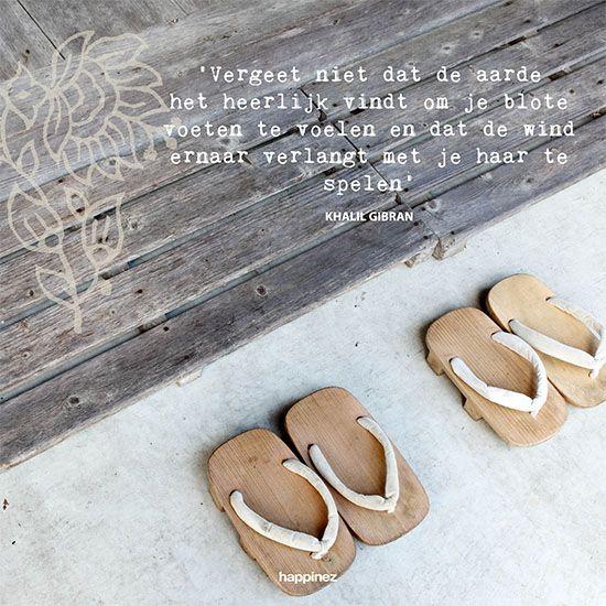 Op blote voeten - Happinez