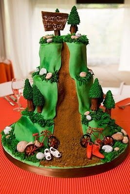 Kev's mountain bike groom's cake will look something like this!