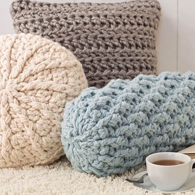 Crochet Pattern Neck Pillow : 576 best images about Crochet on Pinterest Crochet ...
