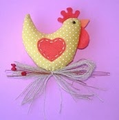 25 pictures show how to make this cute easter hen