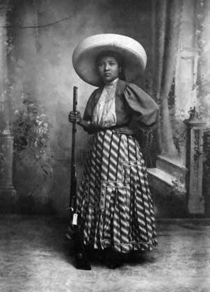 These are the warrior ladys of my people las guerrilleras durante la revolución mexicana ♤