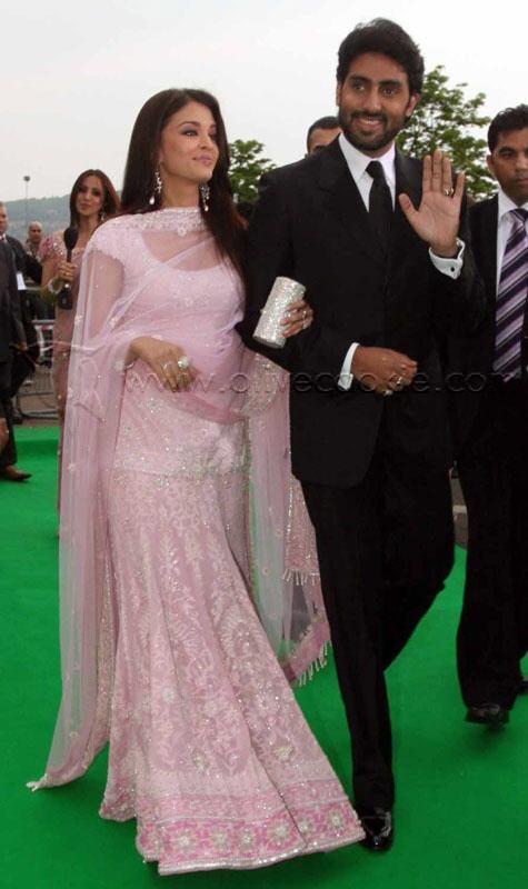 14 best aishwarya rai traditional dress images on for Aishwarya rai in her wedding dress