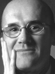 """Paolo Zermani (1958) è Professore Ordinario di Composizione Architettonica presso la Facoltà di Architettura di Firenze. Ha pubblicato tra gli altri libri: """"Identità dell'architettura I e II"""" (1995 e 2002), """"Oltre il muro di gomma"""" (2010). E' autore di numerosi progetti pubblicati sulle più importanti riviste internazionali."""