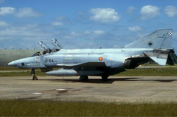Spanish_Air_Force_McDonnell_RF-4C_Phantom_II_Lofting.jpg (1280×849)