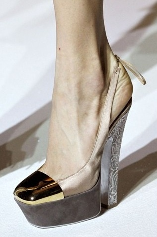 Yves Saint Laurent SS 2012 Shoegasmic Shoes