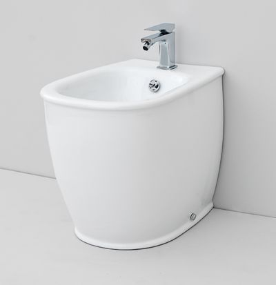 Azuley, design Meneghello Paolelli Associati. The.Artceram bathroom collection. Wall - hung sanitaryware. back to wall bidet