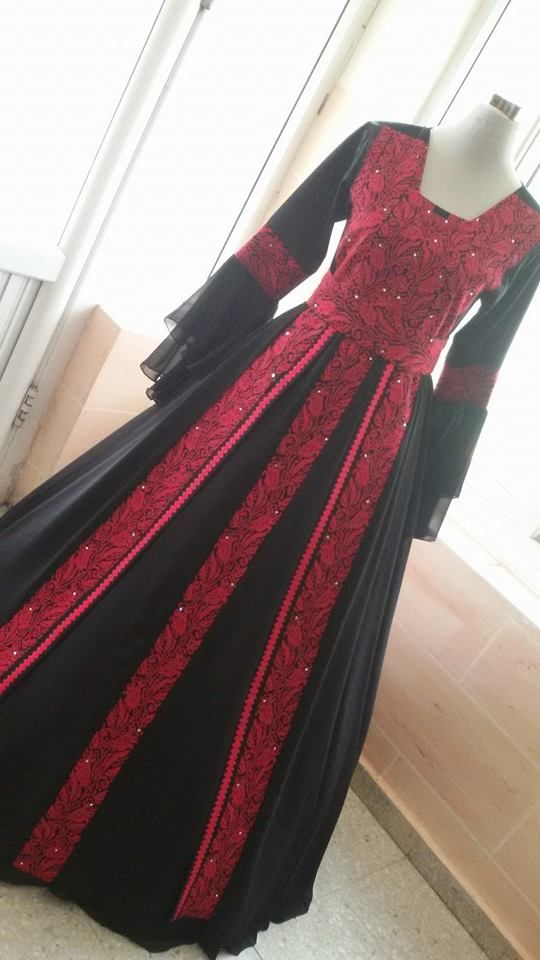 Wonderful Palestinian Dress Designed by Amani Like on FB : https://www.facebook.com/%D8%A3%D9%85%D8%A7%D9%86%D9%8A-Amani-757150460997432/timeline/