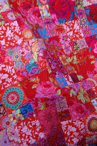 Roses are Red - Kaffe Fassett quilt by quilt it