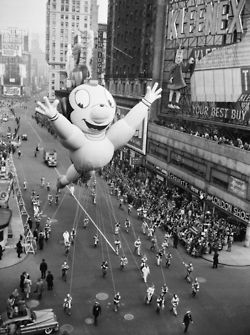 Mighty Mouse - Macy's Thanksgiving Day Parade - 1951