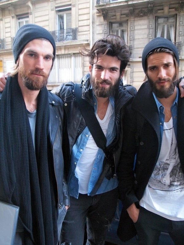 Beards w/ Hot guys wearing them!