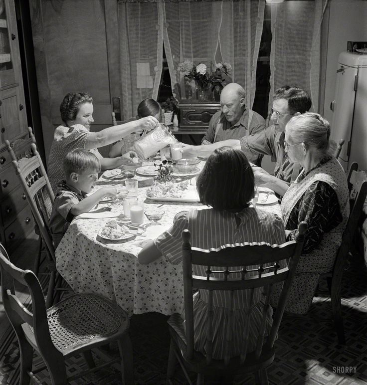"July 1942. ""East Montpelier, Vermont. The Charles Ormsbee family and his widowed mother, Mrs. Myrtle Ormsbee, at dinner."""