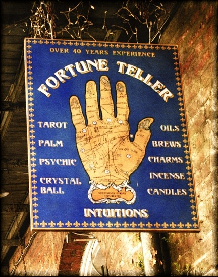 Divination: #Fortune #Teller, New Orleans, Louisiana, USA.