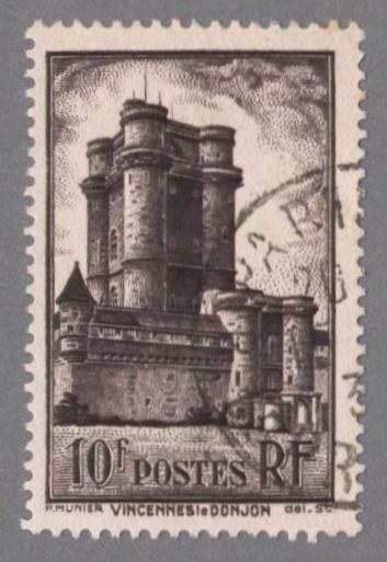 timbres de france/timbre france 1938 - 0393 - vue du donjon du chateau de Vincennes.jpg