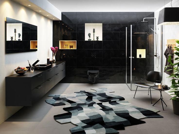 Badrumsinspiration skapad av formgivaren Jon Eliason. Svarta badrumsmöbler från serien Artic | GUSTAVSBERG