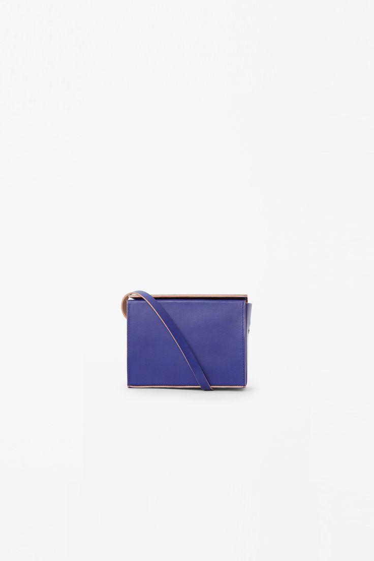 COS   Box shoulder bag