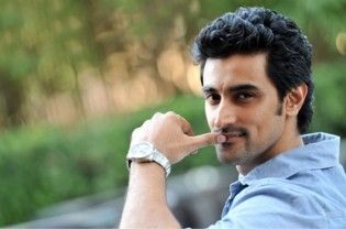 """""""Rang De Basanti"""" fame actor Kunal Kapoor is looking forward to filming his first action movie down south soon. """"I will start shooting for a film soon in a month's time. It's an action film which is exciting for me as I have never done action. It's not a multi-starrer and we will be shooting down south,"""" Kunal told IANS...  Read More"""