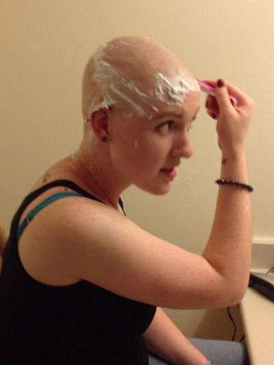 I Totally Love This    Hairdare Beauty Hairstyles Womenshair Shavedhead  Bald Girl -7527