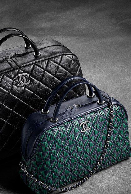 Grand sac bowling en cuir de veau... - CHANEL. bag, сумки модные брендовые, bags lovers, http://bags-lovers.livejournal