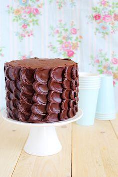 Torta a piani al cioccolato - Simple layer chocolate cake (for father's day)
