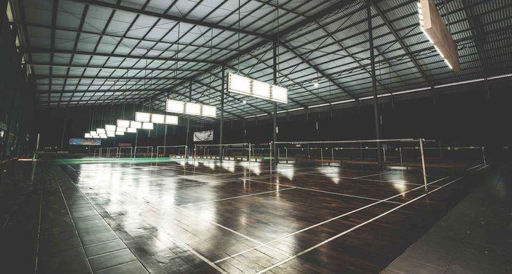 Project : PB Mutiara Image 6 Location : Bandung, Indonesia Site Area : 5575 m2 Building Area : 6152 m2 Design Phase : 2009 - 2010 Constrution Phase : 2010 - 2011 Description : Pelatihan Bulutangkis Mutiara or P.B. Mutiara is a Badminton Training Center with 16 badminton courts, 4 storey athlete dormitory and a spacious canteen based in Cibereum, Bandung.  #architectindonesia #architecture #archdaily #bulutangkis #olahraga #sportvenue #badminton