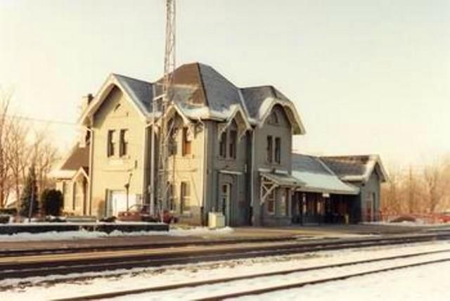 WOODSTOCK, Ontario - GWR RR Station pc - Colin Churcher