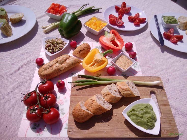 egészséges piknik zöldségkrémmel