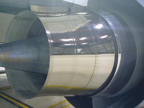 Chrome exhaust on a 737-700