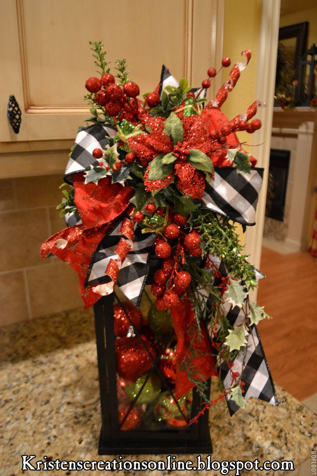 i love this i wish i could make the bow for my lanterns christmas pinterest christmas christmas la - How To Decorate A Lantern For Christmas