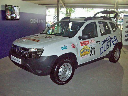 91 Dacia Duster (2011)