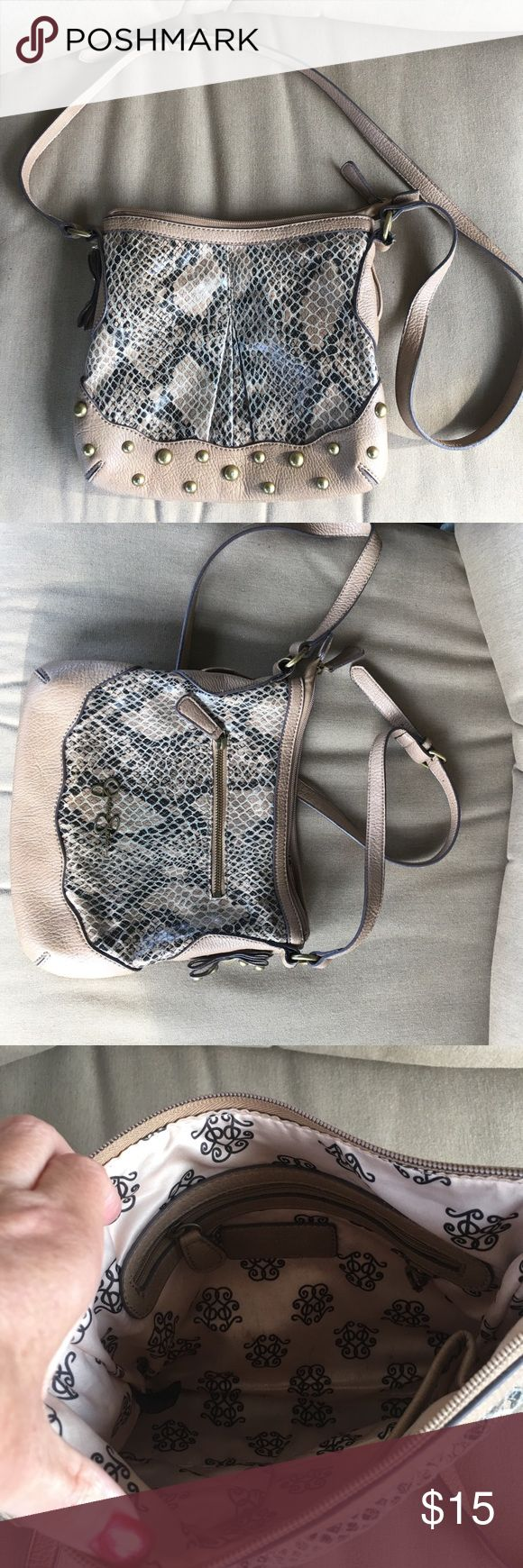 Jessica Simpson cross body snake print purse Purse is snake skin inspired, great preowned condition. Inside has a couple of pen marks. Jessica Simpson Bags Crossbody Bags