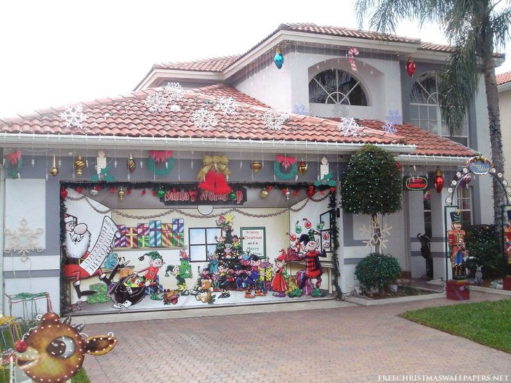 Santas workshop house 1024 768 holiday for Fun decorations for christmas