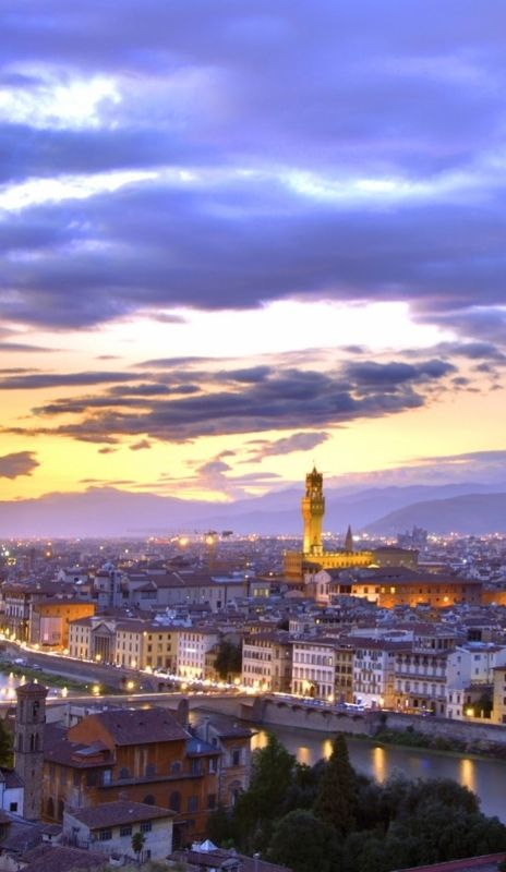 In the heart of Florence, the Golden Tower Hotel & Spa is close to the Duomo and the Uffizi. Florence, Italy Florence Hotel Interior Designs