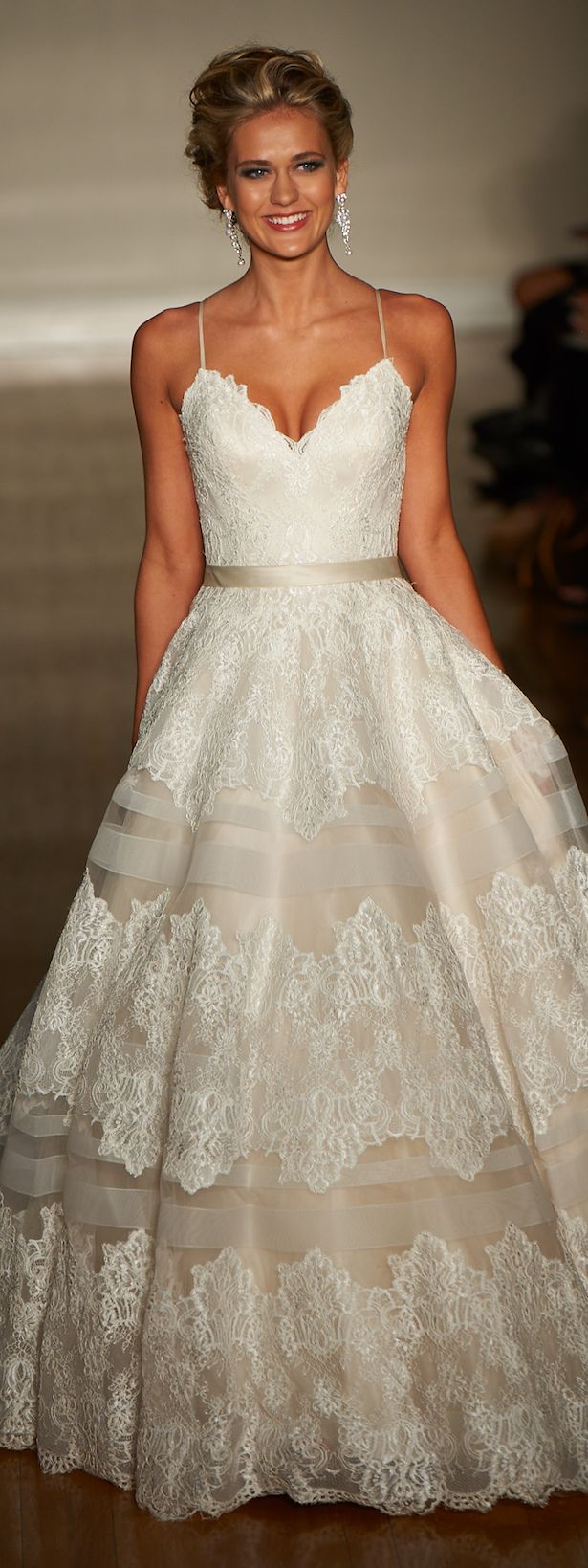 New York Bridal Week - Allure Bridals Spring 2017