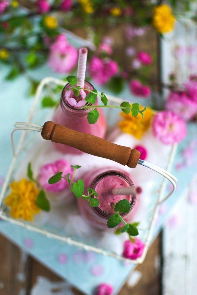 Cocktajl with coconut and cherry. Koktajl wiśniowo - kokosowy. #smoothie #cherry #food