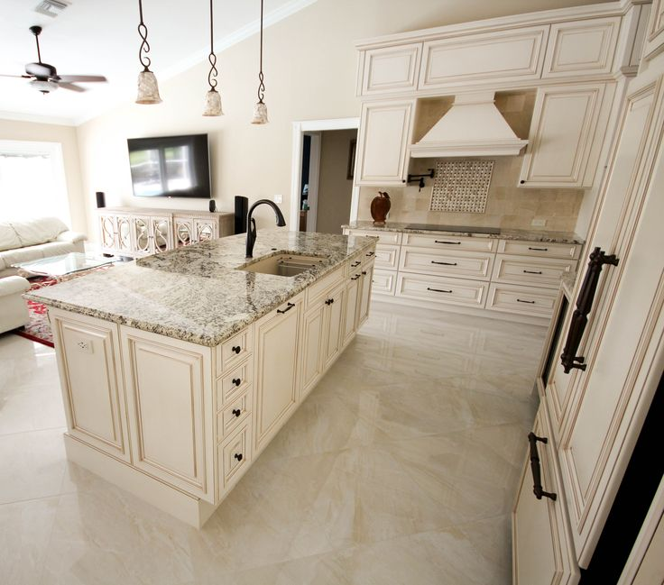 Remodel Kitchen With White Cabinets: #Transitional #Traditional