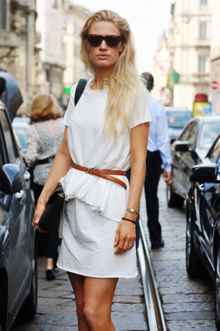 Italian Street Fashion - Simple white staples get belted together for a chic feminine look.