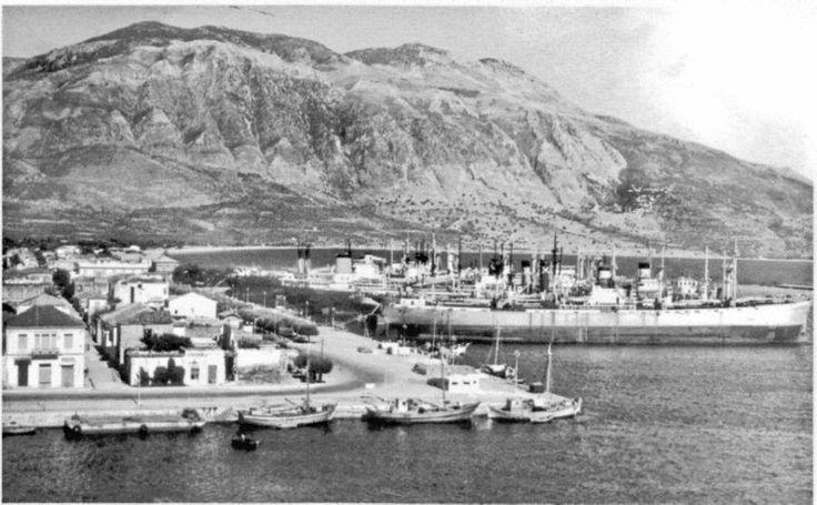 Το λιμάνι της Καλαμάτας τη δεκαετία του 1950 Διαβάστε το άρθρο στην ΕΛΕΥΘΕΡΙΑ http://www.eleftheriaonline.gr/polymesa/nature/item/46333-liberty-limani-kalamatas