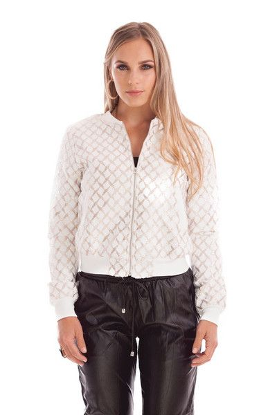 ANIA WHITE AND GOLD BOMBER JACK STYLE DETAILS:  Fully-lined, medium thickness bomber jacket Knit and metallic finish Metal zipper up front for secure fit Ribbed trim around neck Machine wash cold  FIT DETAILS:  Comfortable knit, fully-lined allows for warmth Standard Australian sizing  STYLING:  Elevate your outfit for a street-style look with this white and gold bomber jacket Fully-lined interior means you can wear it on a chilly night for extra warmth