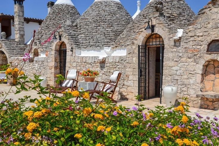 Trulli CastellanaTrulli Castellana This stunning holiday