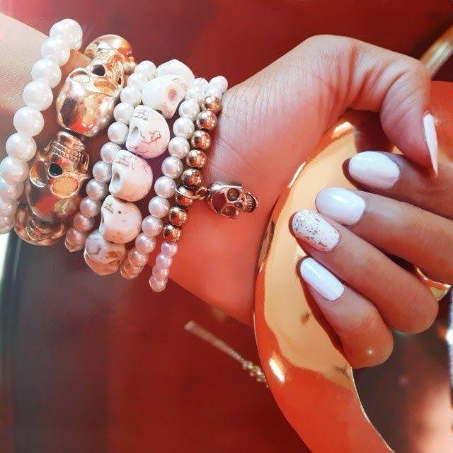 Skull and Pearl Bracelets   Lovisa