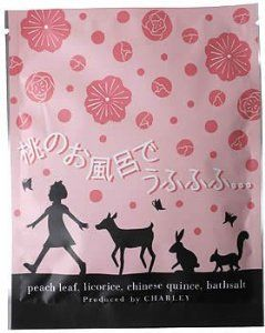 """Deu Fufufu peach bath by CHA-RI-. $7.88. Japanese retail packaging ( Manual and instruction, if any, are in Japanese only. ). Size: 150 * 120 (mm). """"Deu Fufufu peach bath"""" is a natural leaf tea with a blend of Tea bag, licorice, and chinese quince, and natural salt, which is packed into Aroma bath Skin care dried peach. Enjoy the relaxing bath time with pleasant scent of peach. No artificial color or preservative used."""