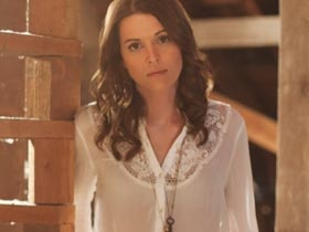Brandi Carlile  It's usually the indomitable quality of Brandi Carlile's voice that grab http://allmusiclive.com/brandi-carliles-voice-will-grab-you/Brandy Carlisle, Carlile Voice, Brandy Carlile