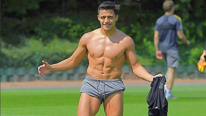 Can Arsenal salvage something out of the season with an FA Cup win on Sunday morning? Alexis Sanchez posted this after training yesterday with 'When you feel that you are close to surrender, close your eyes and remember those who have faith in you'. A message for fans? 26.05.17