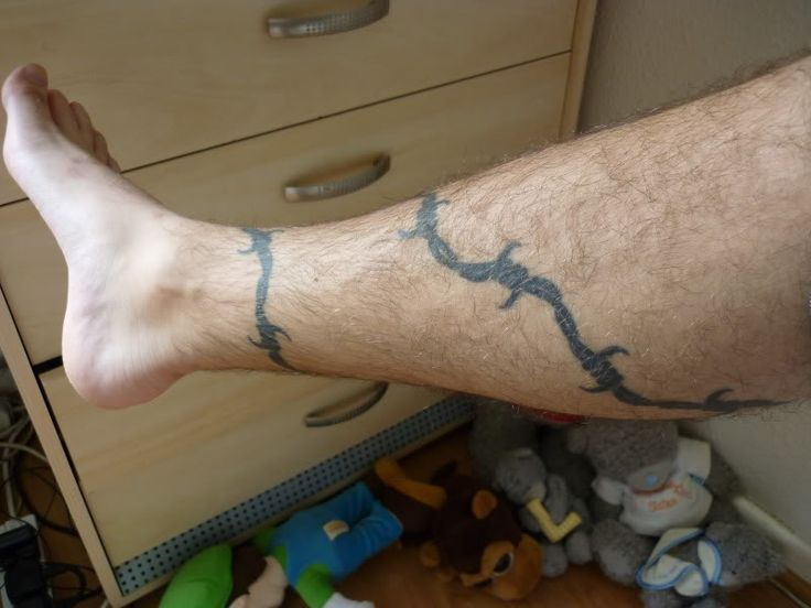 . Someone with the barbed wire tattooed as an armband tattoo was sentenced to much less time in prison. Some prisoners would also add spikes to their barbed wire tattoo designs to indicate the number of years they spent in prison. Some trace this symbolism to the Italians as well.