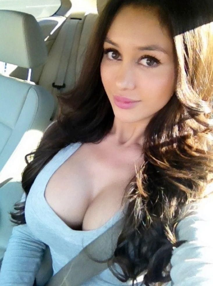 Sexy Cleavage Selfie In Car Cute Inspiration