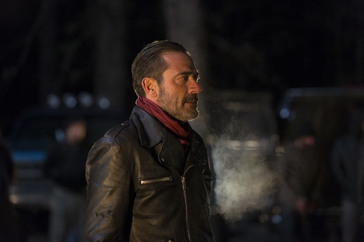 """Every Frame of Negan's Twisted """"Eeny Meeny Miny Moe"""" Game on The Walking Dead"""