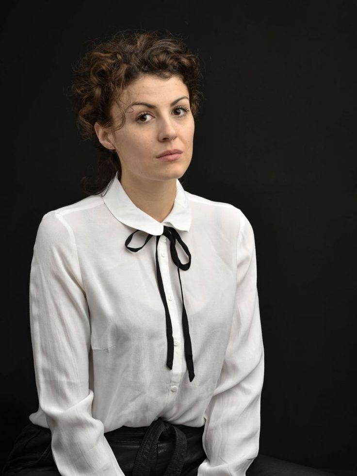Liza Tzschirner - FullProfile von Schauspielervideos