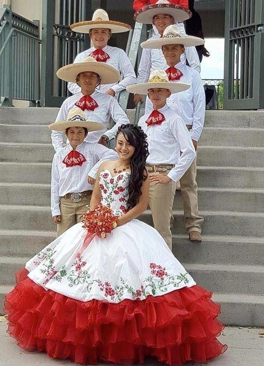 Vestidos de quinceanera de mariachi google search for Ideas para quinceaneras
