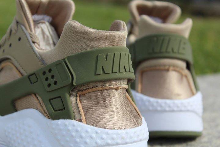 """Nike HUARACHE RUN Jr. """"Khaki/Olive"""""""