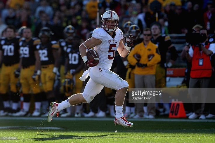 Christian McCaffrey #5 of the Stanford Cardinal returns a punt 63 yards for a touchdown in the second quarter agains the Iowa Hawkeyes in the 102nd Rose Bowl Game on January 1, 2016 at the Rose Bowl in Pasadena, California.